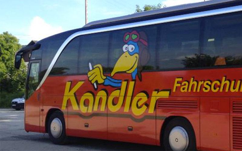 Foto vom Fahrzeug für den Busführerschein